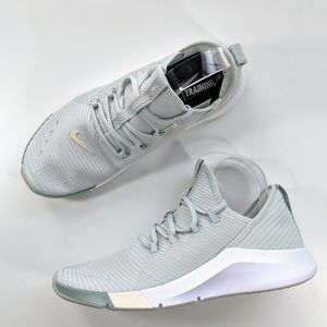 Nike Air Zoom Elevate Light Silver/Guava Ice Women